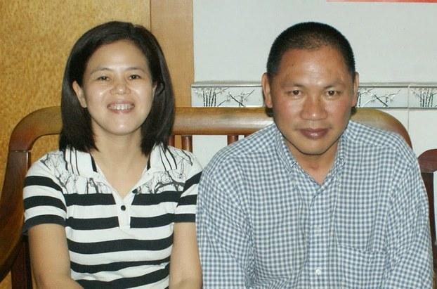 苏昌兰(左)及其丈夫陈德权